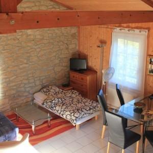 studio salle à manger maison hote isère Saint Lattier
